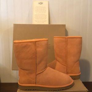 RARE COLOR UGG Boots Orange Sheepskin 9 NEW NIB
